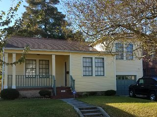 Beautiful Gentilly home 10 mins to FQ or Jazzfest - New Orleans vacation rentals