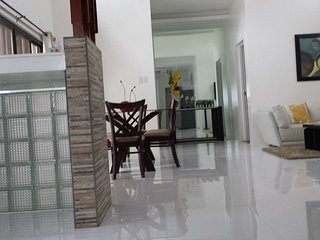 Cozy 2 bedroom House in Tagaytay with Internet Access - Tagaytay vacation rentals
