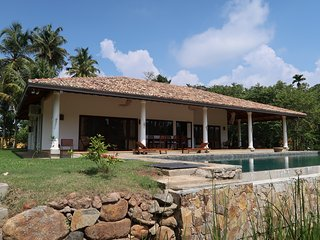 FireMoonGarden- Luxury Villa with Swimming Pool - Mirissa vacation rentals