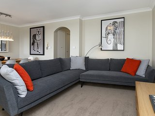 Avalanche 6 - Sophisticated style &modern comfort with a central location - Jindabyne vacation rentals