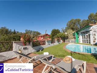 Holiday cottage with private pool in Firgas - Chilanga vacation rentals