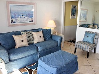 Romantic Condo with Deck and Internet Access - Miramar Beach vacation rentals