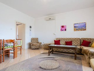 Comfortable house near the sea - Bar vacation rentals