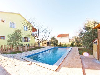 """Holiday family apartment with private pool """"ARMIN"""" - Pula vacation rentals"""