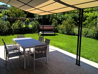 01Lake Garda New House, garden 3 bedrooms WiFi - Roè Volciano vacation rentals