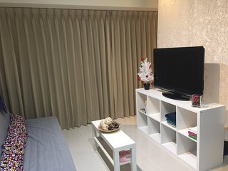 3mins to Longshan MRT, 8mins walk to ximending,  Taipei main station 2 stop#A7 - Taipei vacation rentals