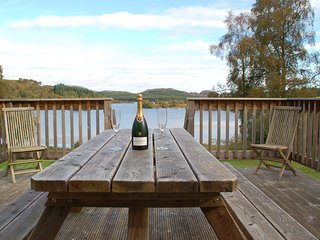 Brachkashie is a beautiful cottage which sits on the shore of Loch Knockie. - Whitebridge vacation rentals