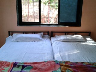 6 bedroom House with Parking in Ratnagiri - Ratnagiri vacation rentals