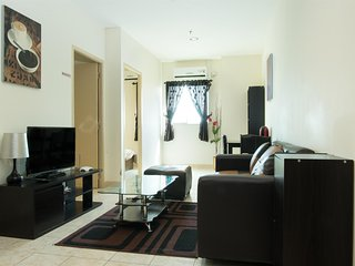 2 Bedroom 45 sqm (Free Wifi, kitchen, sofa, hair dryer, shampoo, soap, towels) - Batam vacation rentals