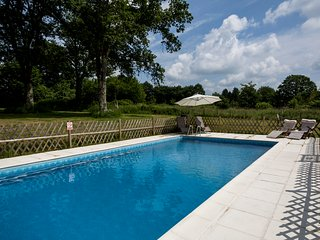La Grace1 Bed Cottage with 10 x 5 Pool Les Trois Petites Maisons - Cromac vacation rentals
