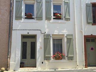Lovely 4 bedroom Gite in Montlaur - Montlaur vacation rentals