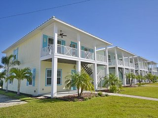 PRIVATE POOL!  KEY WEST BEAUTY! 3 BR 2 BA 4 GA  close to John's! - Madeira Beach vacation rentals