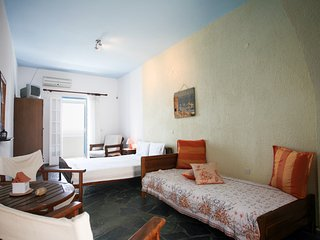 Nice Private room with Internet Access and A/C - Anafi vacation rentals