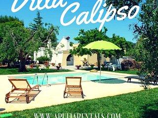 Villa Calipso con Piscina - San Michele Salentino vacation rentals