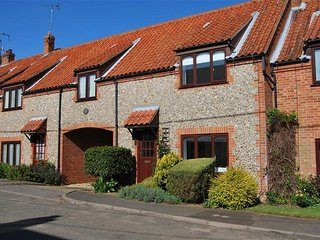 4 Langford Cottages - Ringstead vacation rentals