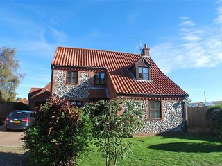 Rose Cottage (Woodside) - Burnham Market vacation rentals