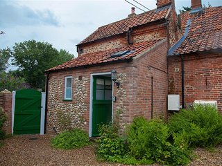 Charming 2 bedroom House in Swanton Novers - Swanton Novers vacation rentals