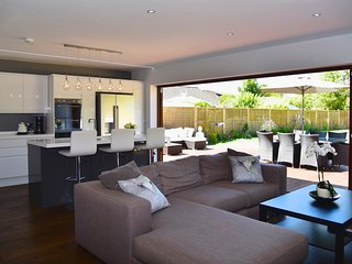 Luxury modern house in the heart of the New Forest - Lymington vacation rentals
