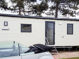 Perfect 3 bedroom House in Caister-on-Sea - Caister-on-Sea vacation rentals