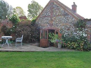 Romantic 1 bedroom House in Wellingham - Wellingham vacation rentals