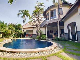 Hasian Private Villa - Kerobokan vacation rentals