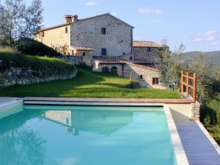 Bright 8 bedroom House in Radda in Chianti - Radda in Chianti vacation rentals