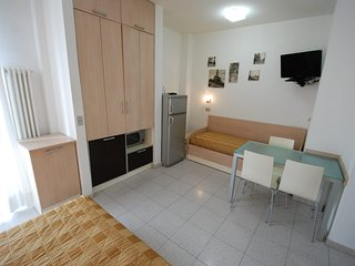 Comfortable Condo with Internet Access and A/C - Rimini vacation rentals