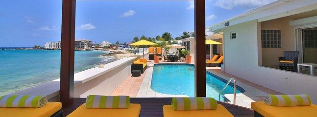 Villa Sunshine 5 Bedroom SPECIAL OFFER - Beacon Hill vacation rentals