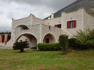 Nice Villa with Internet Access and A/C - Gerolimenas vacation rentals