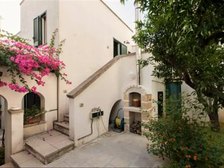 Casa Sibilla - Gorgeous house with 2 bedrooms in Supersano, with sun terrace and garden! - Supersano vacation rentals