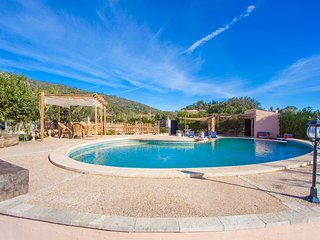 ES BALLADORS - Villa for 5 people in Lloseta - Lloseta vacation rentals