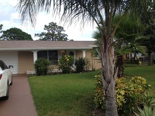 2 bedroom House with Internet Access in Englewood - Englewood vacation rentals