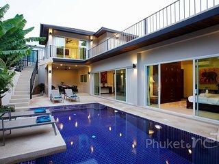 Spacious 5-Bed Pool Villa in Nai Harn - Nai Harn vacation rentals
