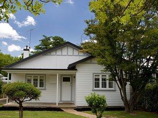 The Sampson - Luxury Accommodation in Orange - Orange vacation rentals