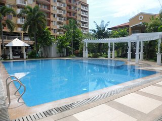 Penthouse Unit in an accessible location - Davao vacation rentals