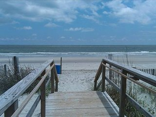 Ocean get away - Surfside Beach vacation rentals