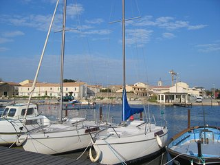 Maison Marseillan -   house near the waters edge with fabulous view across sea - Marseillan vacation rentals