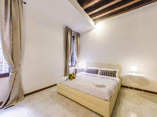 SWEET SUITE: BIENNALE - 5 min da San Marco & free wifi - Venice vacation rentals