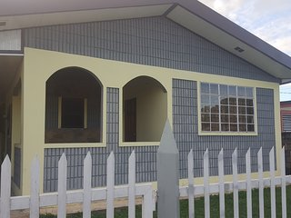 Comfortable 4 bedroom Piarco Bed and Breakfast with Internet Access - Piarco vacation rentals