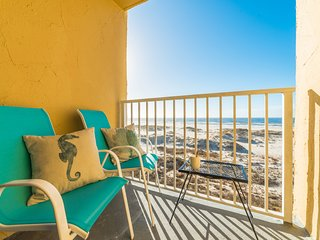 Beachfront Gulf Views!!! Adorable Corner Unit!!! Surreal Sunsets!!! - Gulf Shores vacation rentals