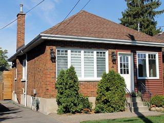 3 Bedroom family home in Westdale available by week or month - Hamilton vacation rentals