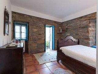 1 bedroom Apartment with Deck in Amarante - Amarante vacation rentals