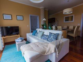 Lovely SeaSide apartment -Sleeps 6 & Amazing view! - Ponta Delgada vacation rentals