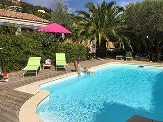 """Le Palmier aux """" ilets de l'eau blanche"""" - Cavalaire-Sur-Mer vacation rentals"""
