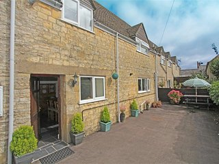 The Old Forge Cottage (C537) - Stow-on-the-Wold vacation rentals