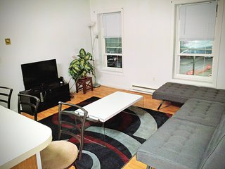 DownTown Apartment - New London vacation rentals