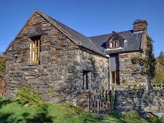3 bedroom Cottage with Internet Access in Llanfrothen - Llanfrothen vacation rentals