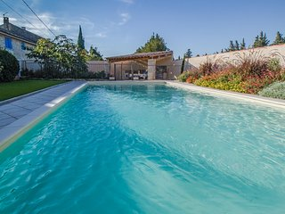 Superb landhouse in St-Rémy-de-Provence for 10p. private pool - Saint-Remy-de-Provence vacation rentals