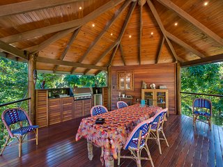 Charming House with Deck and Internet Access - Billinudgel vacation rentals