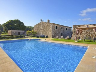 Lovely 4 bedroom House in Sant Joan - Sant Joan vacation rentals